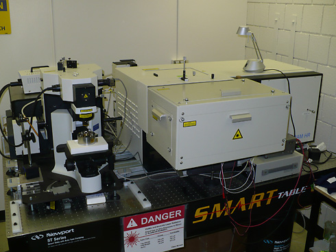 The LabRAM HR 800  Micro_and_Macrochamber
