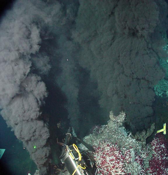 """""""Black smokers"""" at hydrothermal ridges in the deep ocean"""